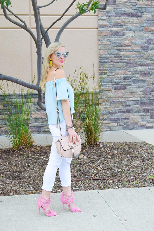 vandi-fair-blog-lauren-vandiver-dallas-texas-southern-fashion-blogger-topshop-light-blue-livi-off-the-shoulder-top-vigoss-destroyed-white-skinny-jeans-sam-edelman-azela-tassel-sandals-5