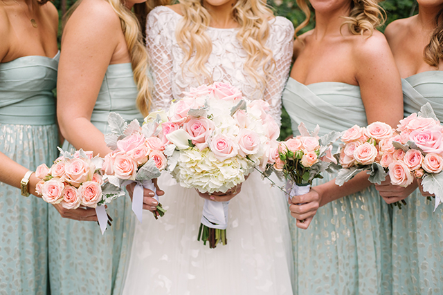 lauren-vandiver-cole-green-wedding-dallas-texas-weddings-vandi-fair-blog-fashion-bridal-blogger-new-years-eve-nye-cinderella-disney-vandigoesgreen-mint-turquoise-blue-bridesmaids-gowns