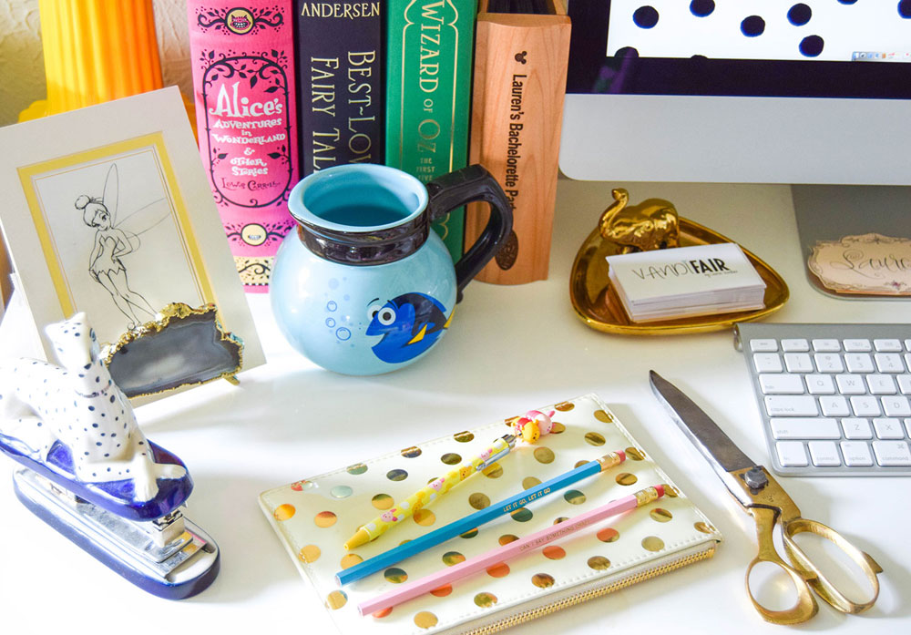 vandi-fair-blog-lauren-vandiver-dallas-texas-southern-fashion-blogger-disney-desk-style-home-office-decor-interiors-finding-dori-mug