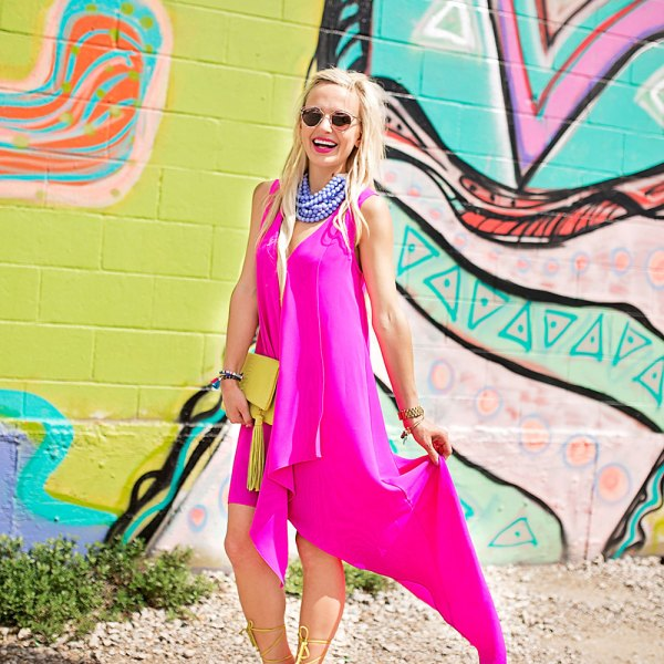vandi-fair-dallas-fashion-blog-lauren-vandiver-southern-texas-blogger-adelyn-rae-ruffle-high-low-dress-hot-pink-nordstrom-fairchild-baldwin-beaded-statement-necklace-4