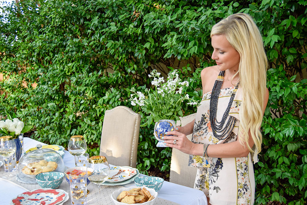 vandi-fair-blog-lauren-vandiver-dallas-texas-southern-fashion-lifestyle-blogger-noonday-collection-jewelry-hosting-a-sweet-weekend-gathering-hostess-outdoor-backyard-party-1