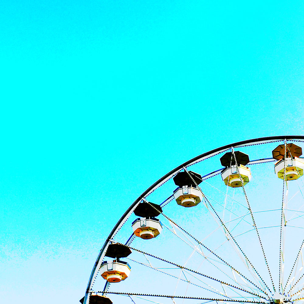 vandi-fair-dallas-fashion-blog-lauren-vandiver-southern-texas-travel-blogger-visit-long-beach-california-ferris-wheel
