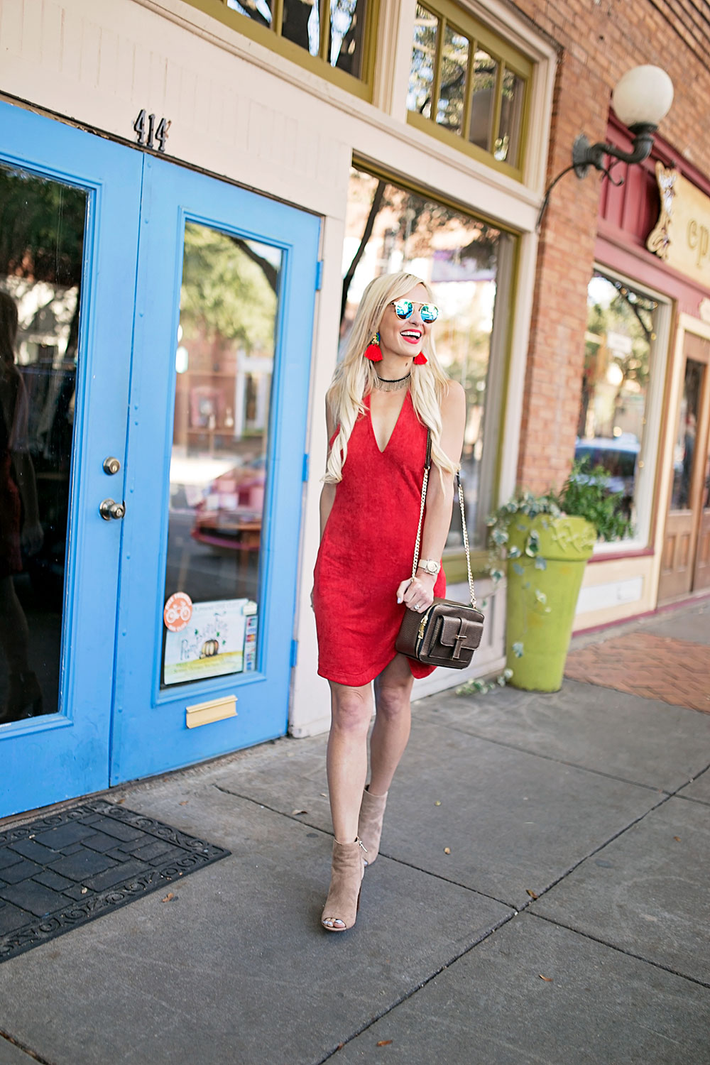 vandi-fair-blog-lauren-vandiver-dallas-texas-southern-fashion-blogger-the-styled-collection-red-halter-dress-suede-ramona-bronze-crossbody-bag