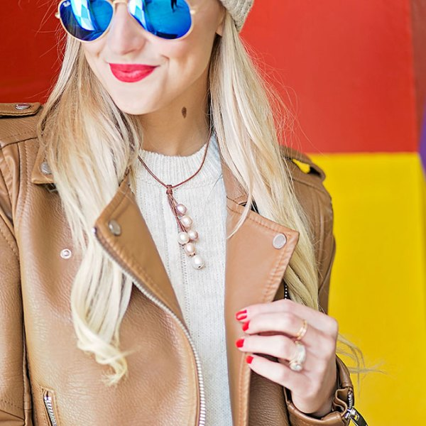 wendy-mignot-pearl-and-leather-necklace