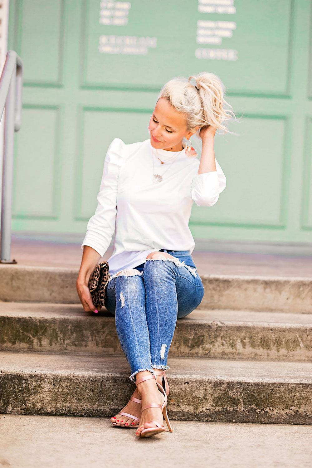 skinny jeans and heels