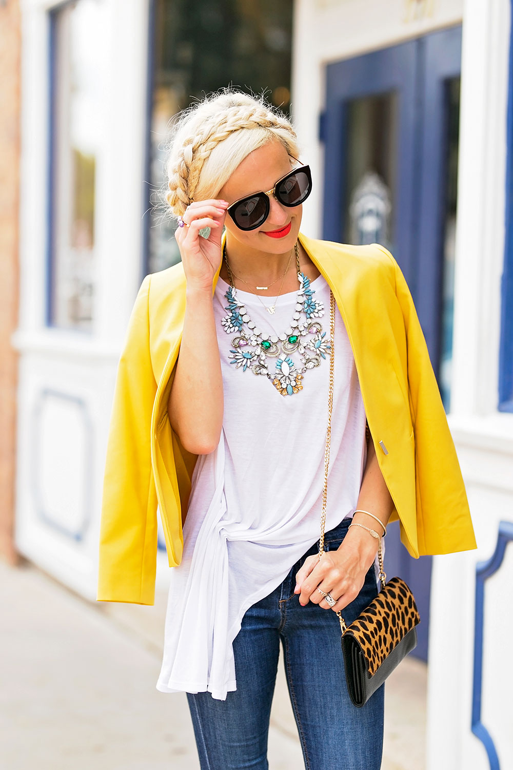 statement necklace t-shirt jeans outfit