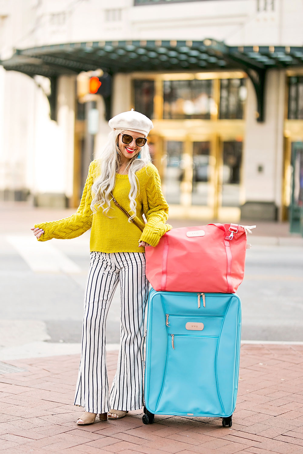 winter travel outfit idea