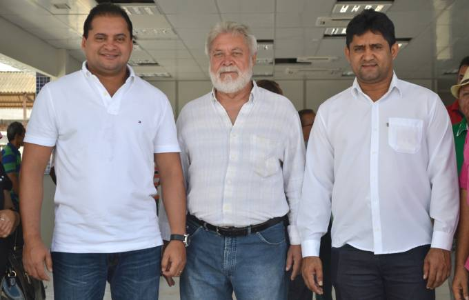 Deputado Weverton Rocha, prefeito Dr. Alberto e Toca Serra