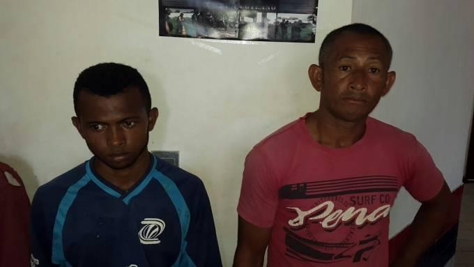 Josenias de Jesus Cardoso de 41 anos e Edson Carlos Cardoso Pinheiro de 22 anos, foram presos na madrugada suspeitos de furto de gado.