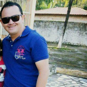 Dr. Jadiel Barros vice presidente do diretório municipal do PRB de Pinheiro em 2012.