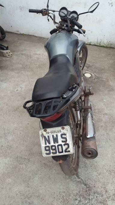 Moto usada na ação criminosa.