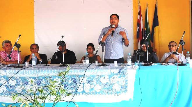 Zé Inácio fala em audiência pública em Bequimão