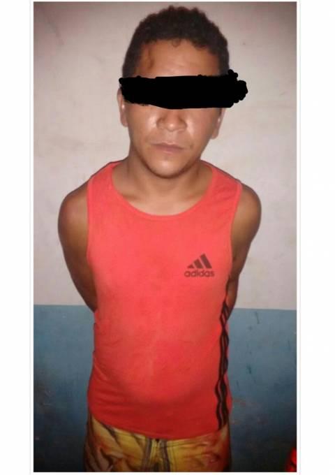Elenildo Ferreira Ribeiro, é suspeito de abusar sexualmente da própria filha, a menor, T.S.R de apenas 10 anos de idade.