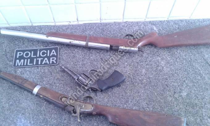 Armas apreendidas.