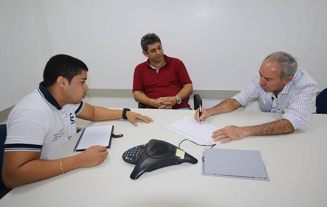 Dr. Marcone e o Diretor da Cemar, José Jorge.