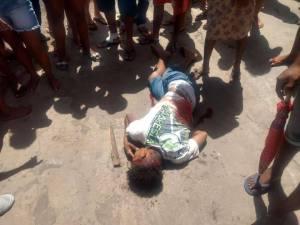 Vídeo mostra homem sendo morto a golpes de faca no centro de Turilândia