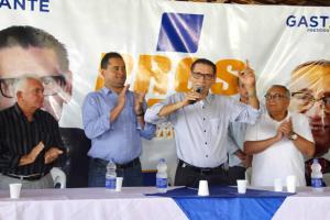 Pastor Cavalcante se lança pré-candidato e declara apoio a Weverton