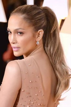 jenniferlopez464163954_10_article_gallery_portrait