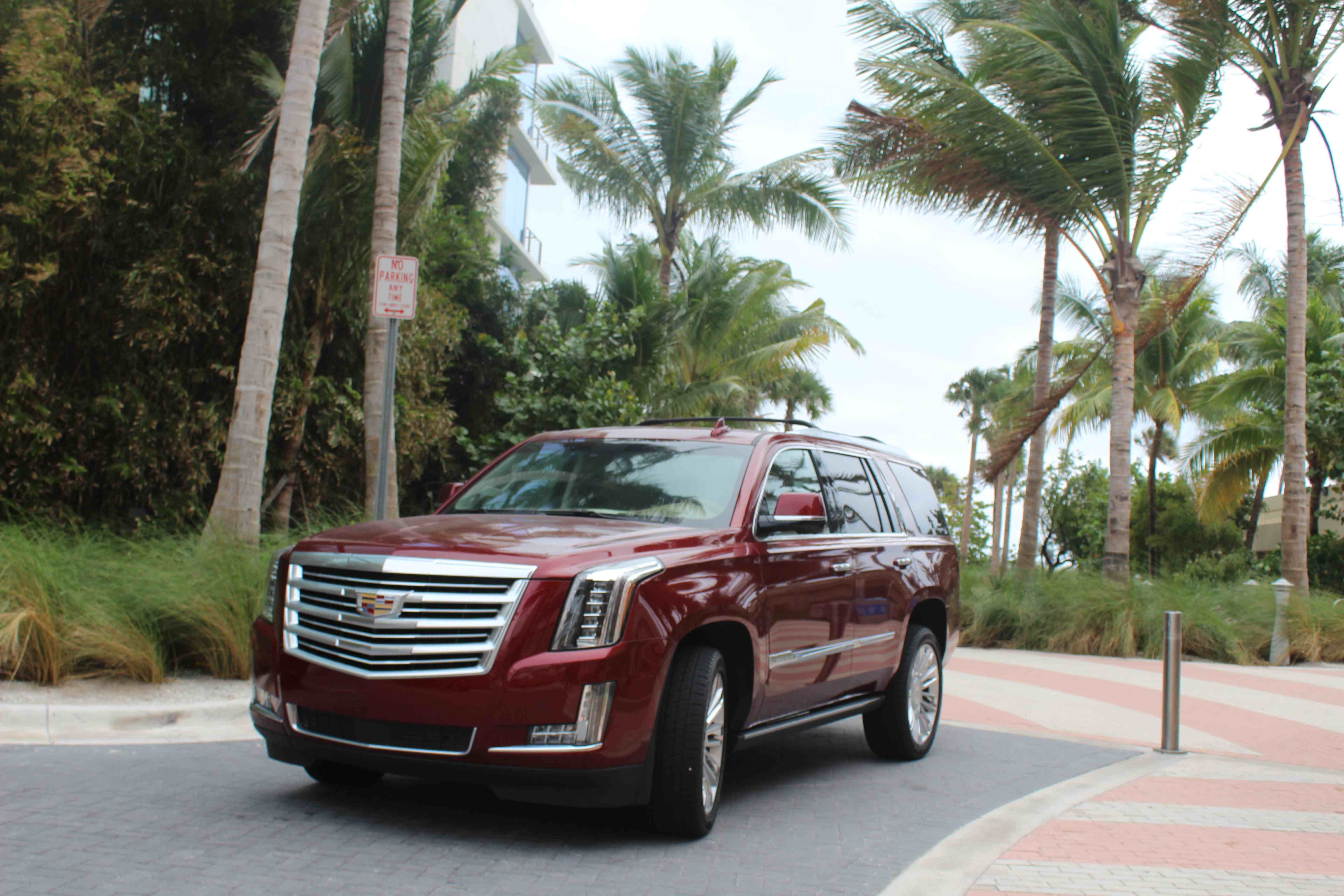 Video: The #PlaybyPlay on the new 2016 Cadillac Escalade ... on cadillac cts, cadillac convertible, cadillac commercial, cadillac eldorado, cadillac dts, cadillac avalanche, cadillac sts, cadillac coupe, cadillac pick up, cadillac srx, cadillac xlr, cadillac professional chassis, cadillac wheels, cadillac navigator, cadillac sub, cadillac models, cadillac ats, cadillac luxury, cadillac suv, cadillac brougham,
