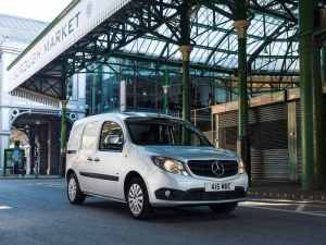 The latest Mercedes-Benz Vans Business Barometer suggests a small but sustained business confidence fall among fleets.