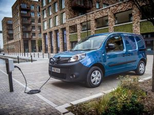 Renault new scrap page deal means customers can get £2k off the price of a new Kangoo Van Z.E.33
