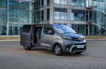 The addition of Smart Cargo features to the Active trim, makes this a standard feature across all Proace