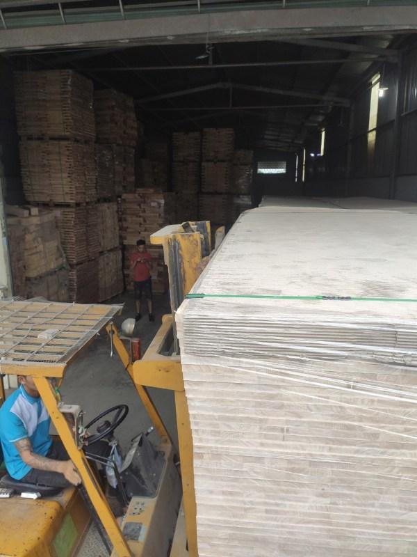 Bạn biết gì về quy trình sản xuất ván ghép gỗ cao su? 2