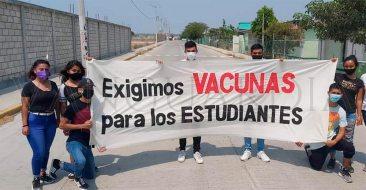 XALAPA-PROTESTA-ESTUDIANTES-W-F-marca-1