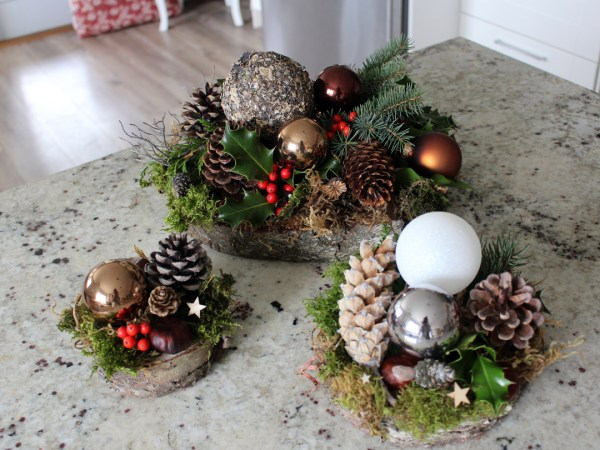 Christmas Tree Platter Arrangement group