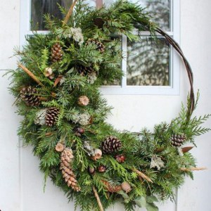 Crescent Wreath