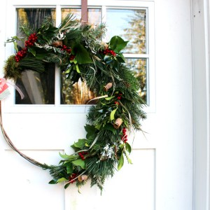 holly and ivy original van H acres wreath