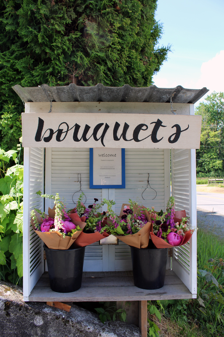 langley flower stand