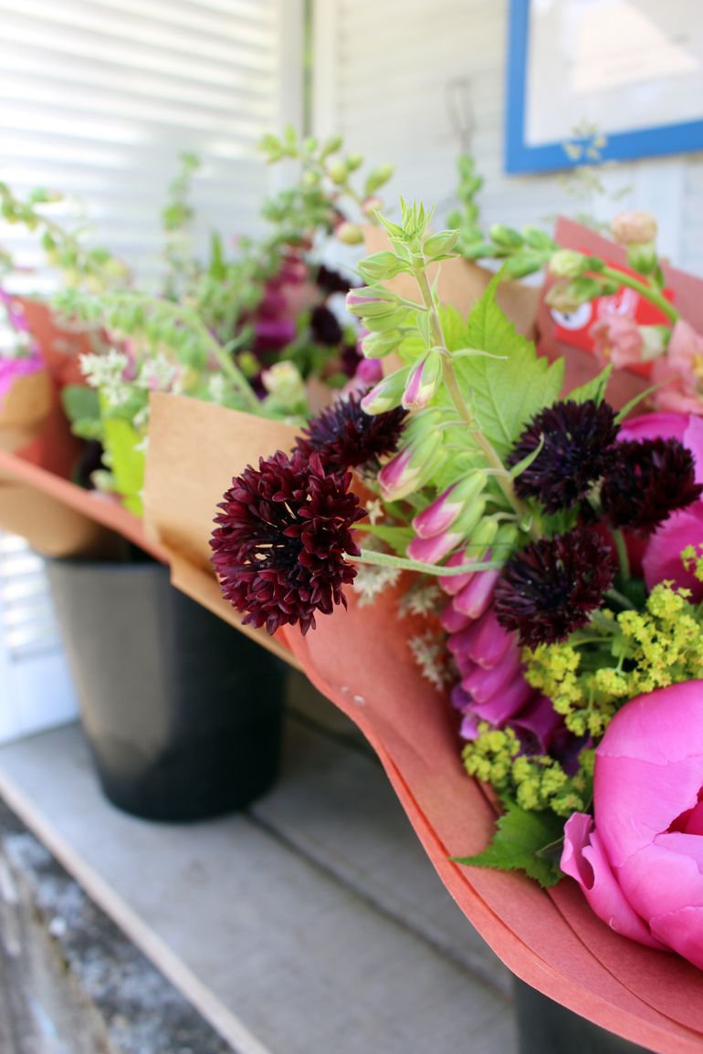 roadside flowers langley, bc