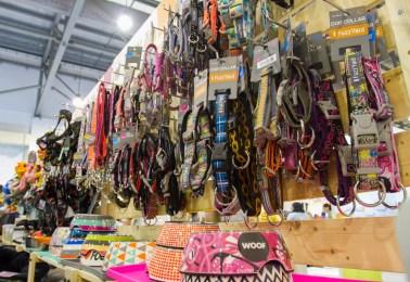 Pet Expo 2015 - Howlistic Life Fuzzyard   Vanillapup
