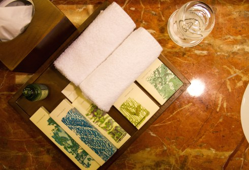 Pet-friendly Regent Singapore Hotel Staycation Toiletries | Vanillapup