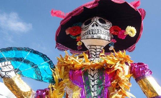 Mexico-Day-of-the-Dead-Lady-Death_Richard-Arghiris_web