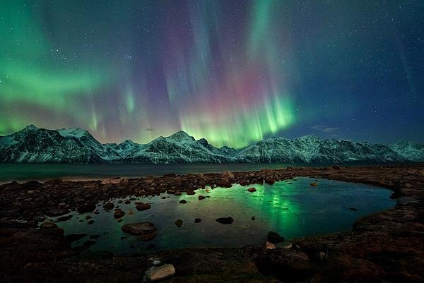 lyngen-alps-aurora-1-24_47737_600x450