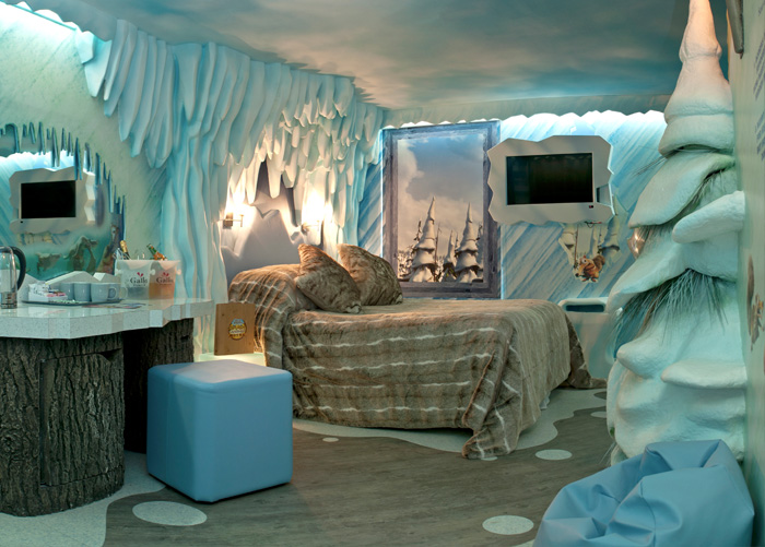 Top 12 Coolest Themed Hotel Rooms Vanilla Sky Dreaming