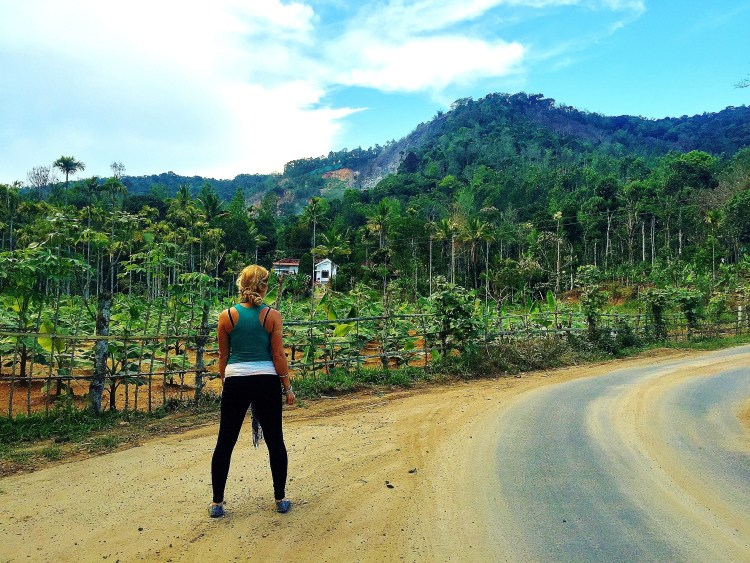 The Ugly Side Of Being A Travel Blogger - hofit kim cohen kerala