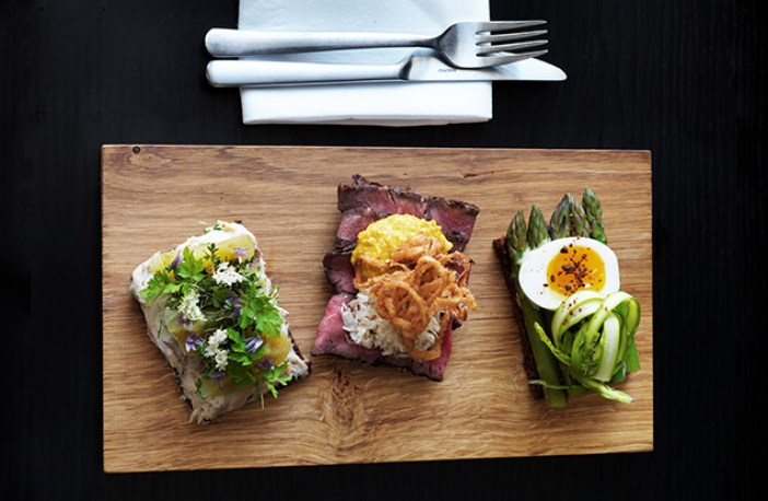 Smorrebrod_Aamanns_Copenhagen_open_sandwich