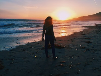 LA LIFE – Malibu Vlog: Malibu Cafe + Zuma Beach + The Jenners