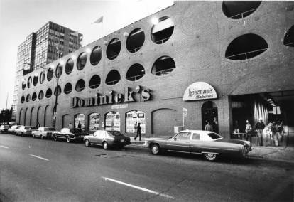 Dominick's at North Avenue and Wells Street, Oct. 21, 1982. Don Casper/Chicago Tribune
