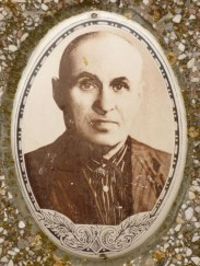 Portrait on a Jewish gravestone