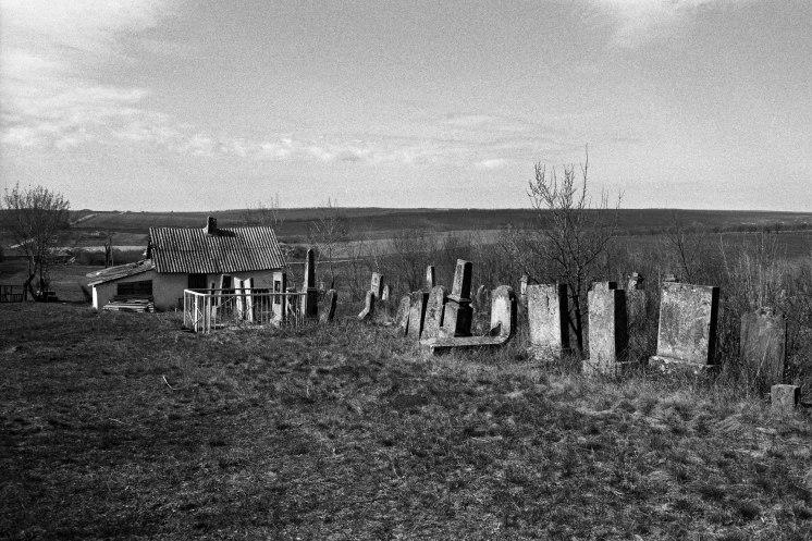 Zguriţa (Zguritsa) Jewish cemetery
