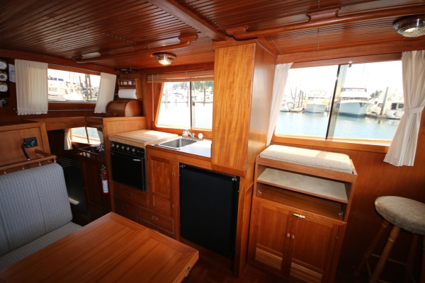 SOLD 34 CHB Trawler Aft Cabin Van Isle Marina
