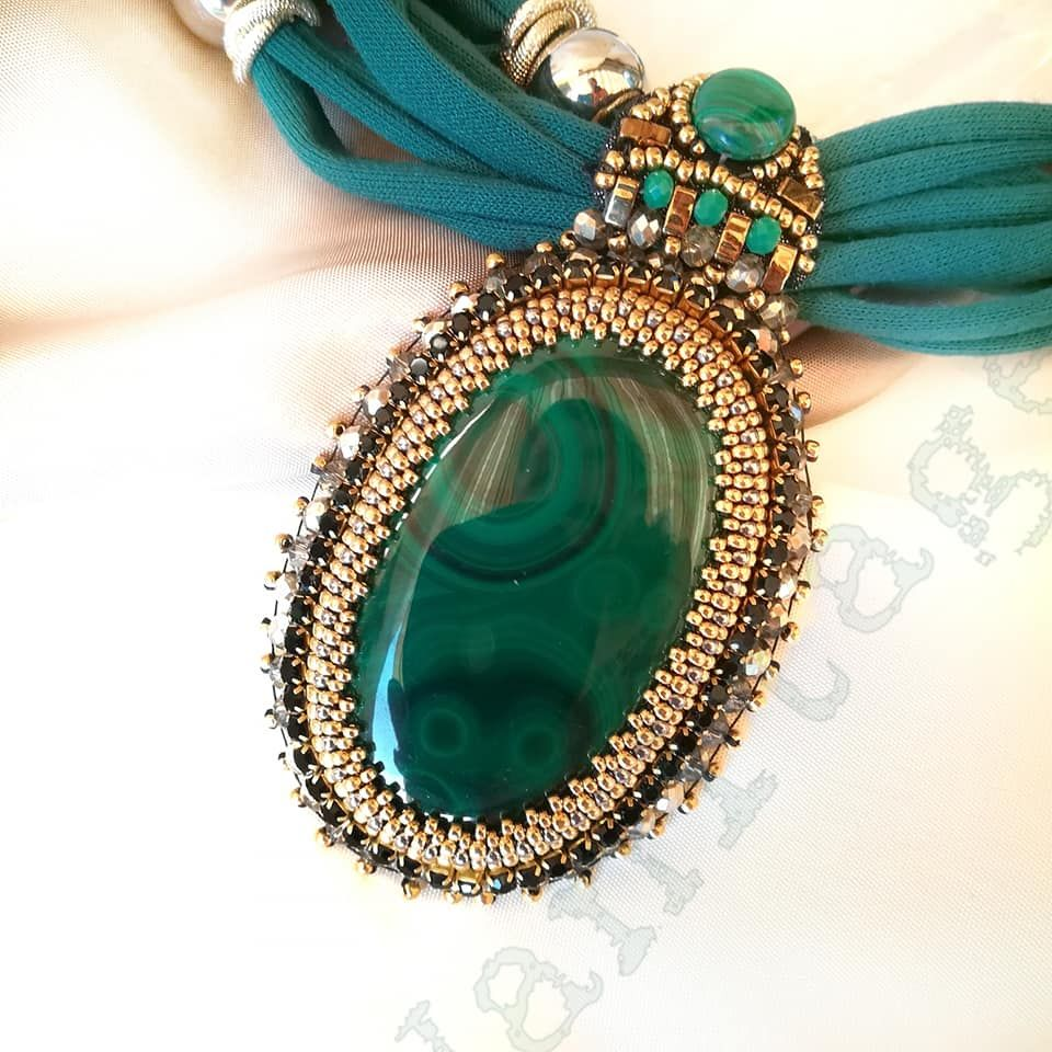 Pendente Embroidery con Malachite