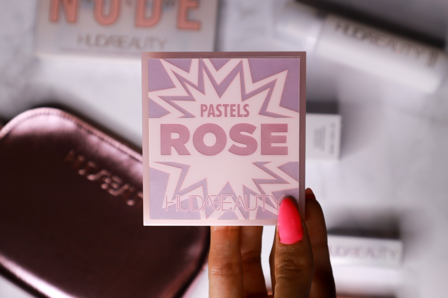Huda beauty Pastel Obsessions palette review