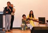 Ng Ngọc Phong ngâm thơ, Tấn Nhật Bích thổi sáo và Anh Thảo Đàn Tranh