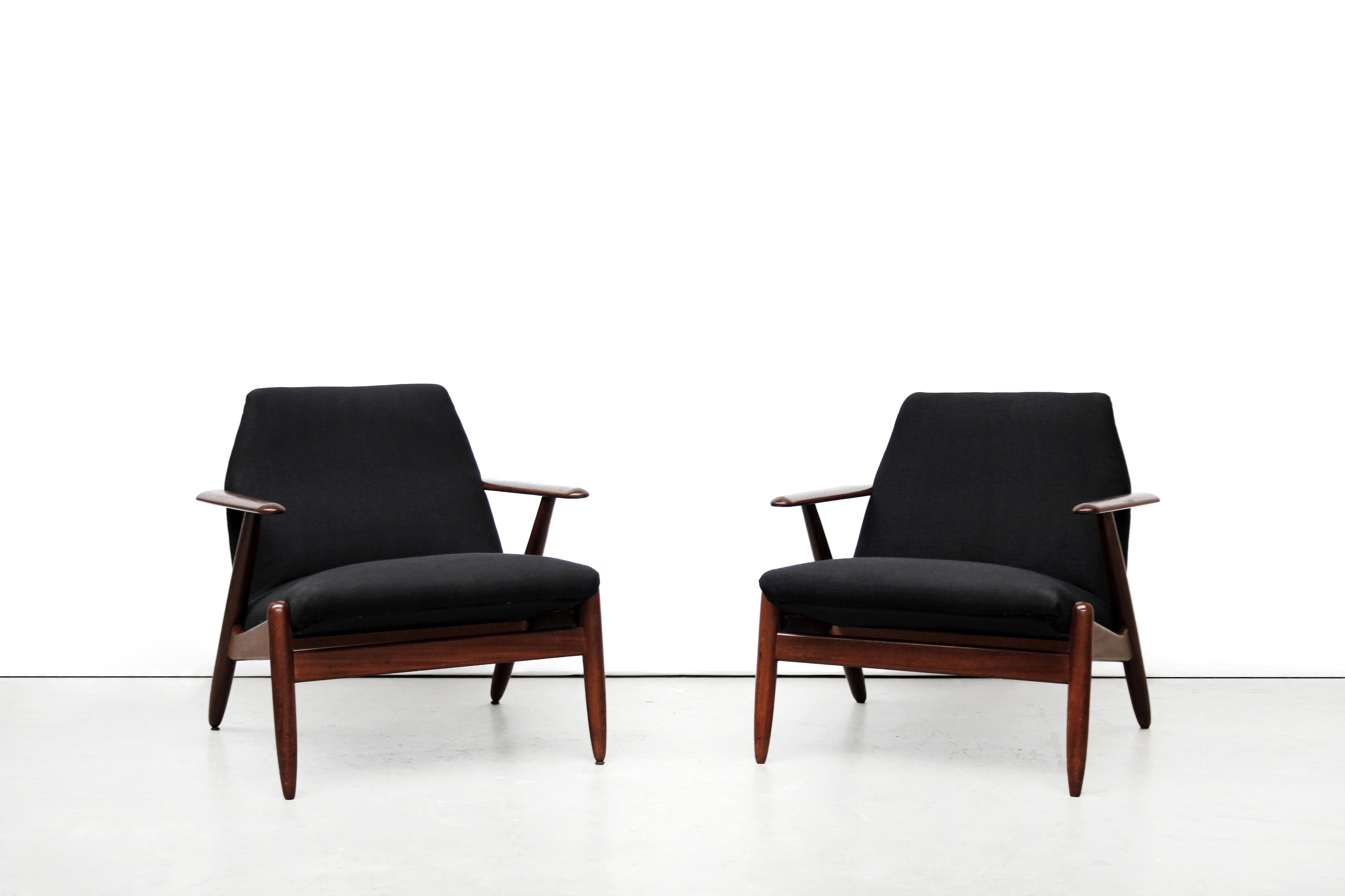 mid century danish chair flip beds twee modern design fauteuils | van ons