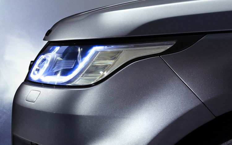 2014-Range-Rover-Sport-headlight